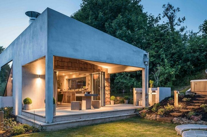 Advantages and disadvantages of bare cement houses